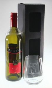 one-stemless-wine-box-with-bottle-gift-box-perth-600x840